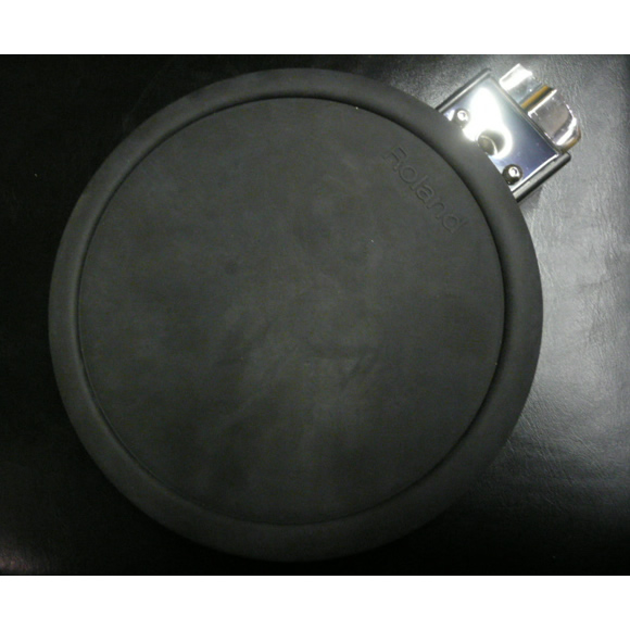 Roland dual-trigger drum pad in good condition.