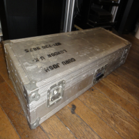<p>Heavy duty full-flightcase.</p><p><br /></p>