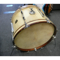1960s bass drum in good condition.  Includes hard case.