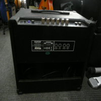 <p>Superb 30 watt bass guitar amplifier.</p><p>Condition: medium-sized rip in the side finish, otherwise good.</p>