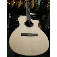 Quality guitar with great features at an affordable price, including a solid spruce top, and a Fishman Preamp.